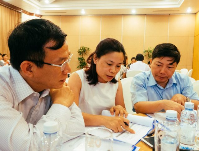 Doctors, pharmacists and microbiologists from across Vietnam debate the quality standards