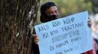 Draf Baru RUU KUHP: Pidana 4,5 Tahun Menanti Bagi Orang yang Menghina Presiden di Medsos