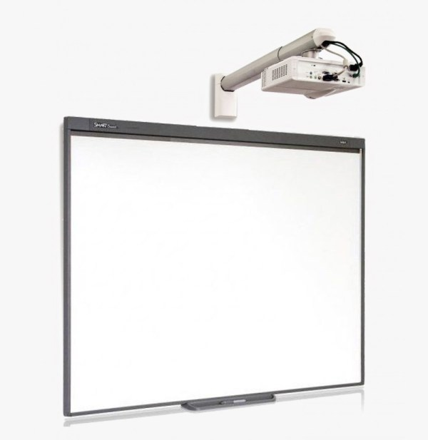 SMART Board SB480 + Proyector OPTOMA X305ST