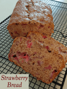 Super Easy Strawberry Bread and other strawberry recipes at idyllicpursuit.com