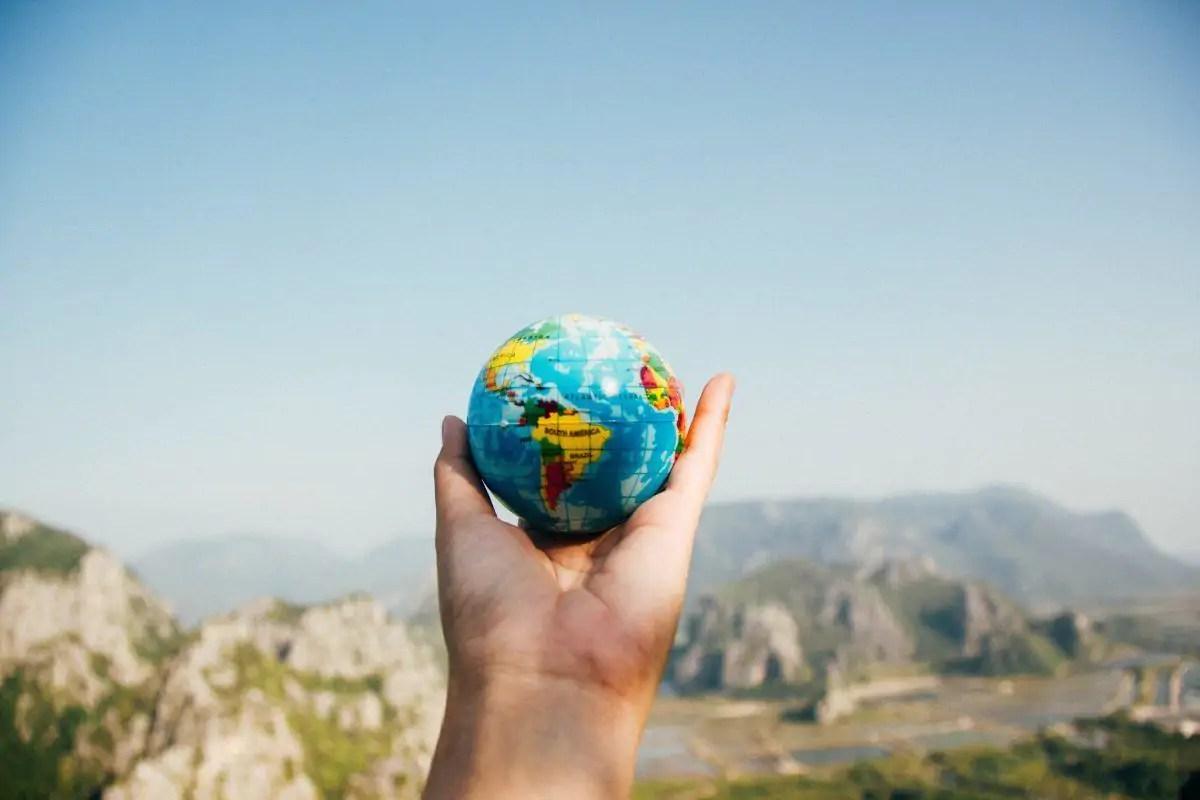 Cómo internacionalizar una empresa: Pasos, Estrategia y Trámites clave