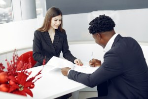 Managing a Real Estate Team: Top Learning Resources