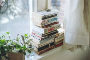 8 Best Books to Read for College Students
