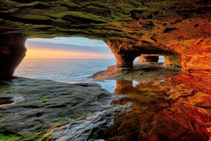 Cavern in northern Michigan, Shutterstock