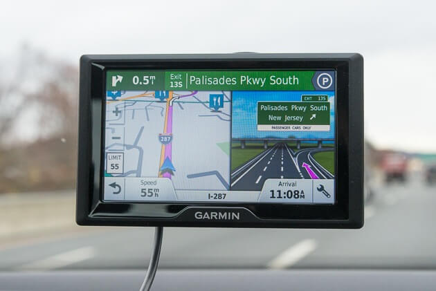 GPS Tracker: best car gadget for a commuter