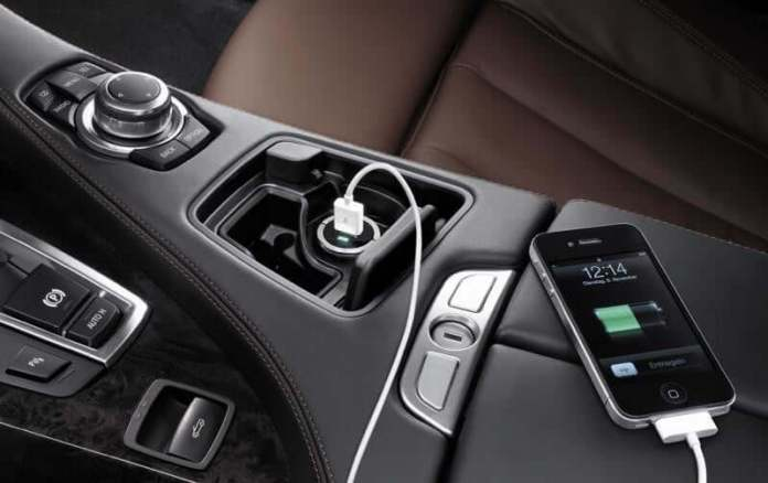 USB Car Charger: top 10 must have car accessories