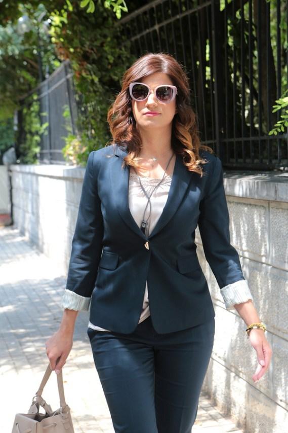 H νέα υφυπουργός Μακεδονίας Θράκης Κατερίνα Νοτοπούλου προσέρχεται στο Προεδρικό Μέγαρο για την ορκωμοσία -ΑΠΕ-ΜΠΕ/ΠΑΝΤΕΛΗΣ ΣΑΪΤΑΣ