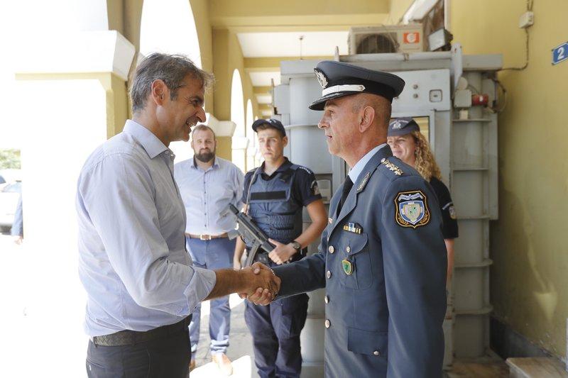 Από την επίσκεψη στην Αστυνομία