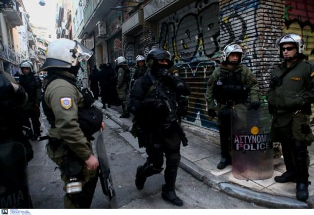 Αστυνομία στα Εξάρχεια