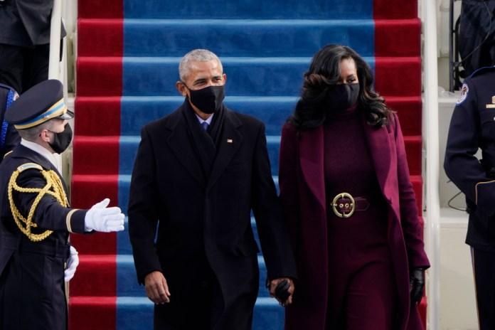 Το ζεύγος Ομπάμα στην ορκωμοσία Μπάιντεν