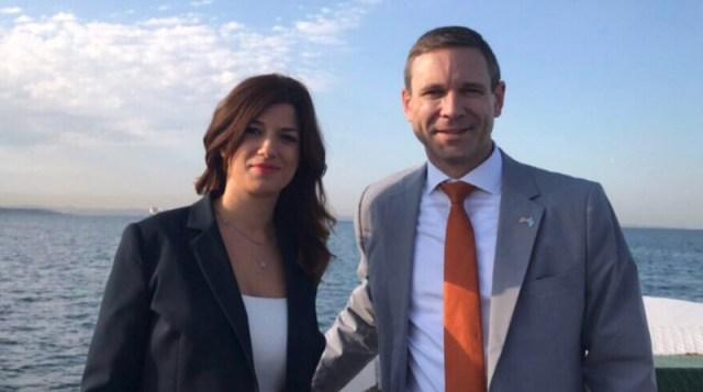 Η Κατερίνα Νοτοπούλου μαζί με τον αμερικανό πρόξενο στην Θεσσαλονίκη