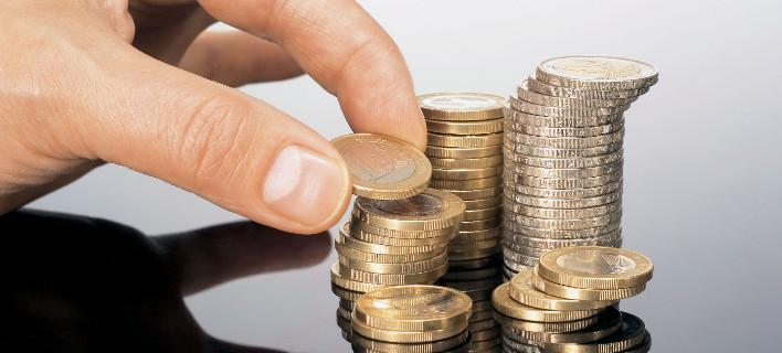 Οταν γίνεται της «αναλήψεως» στα ΑΤΜ: Πού τοποθετούν τα χρήματά τους οι Ελληνες