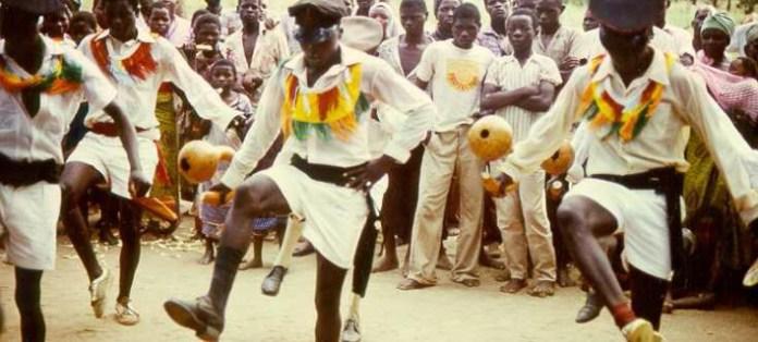 Το Twitter ξεσαλώνει με την Ζάμπια: Εχουν καμία εθνική γιορτή τώρα κοντά γιατί μας τελείωσαν τα τριήμερα;