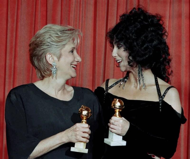 Η Ολυμπία Δουκάκη με την Cher, συμπρωταγωνίστριες στην ταινία Moonstruck