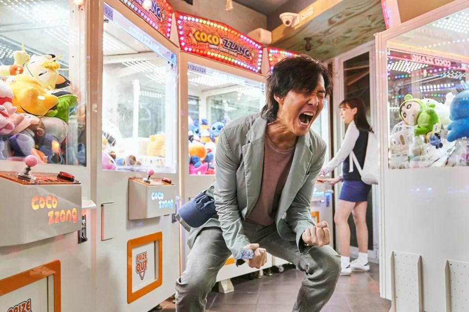 Ο πρωταγωνιστής του Squid Game, Λι Τζονγκ-τζε, σε σκηνή της σειράς