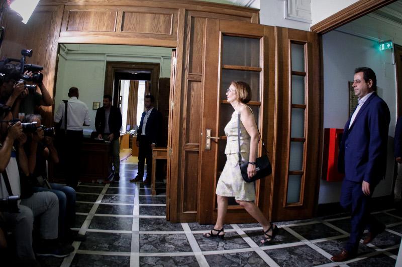 Η υπουργός Πολιτισμού Μυρσίνη Ζορμπά στο Υπουργικό- φωτογραφία eurokinissi