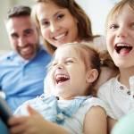 Cum ii poti surprinde pozitiv pe membrii familiei tale