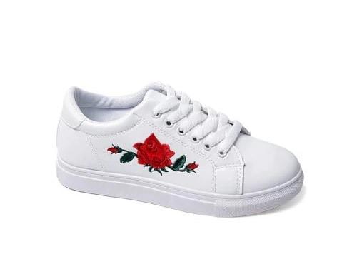 pantofi sport albi cu broderie trandafir rosu