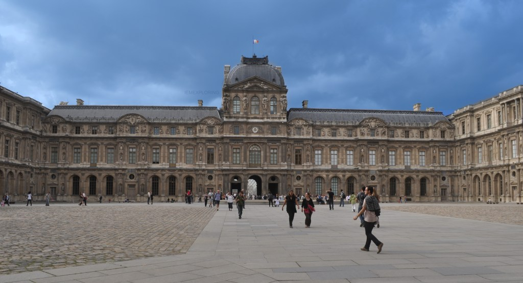 Ultimate guide to paris. The Lourve museum grounds