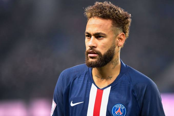 Barcelona to sue Neymar for alleged overpayment