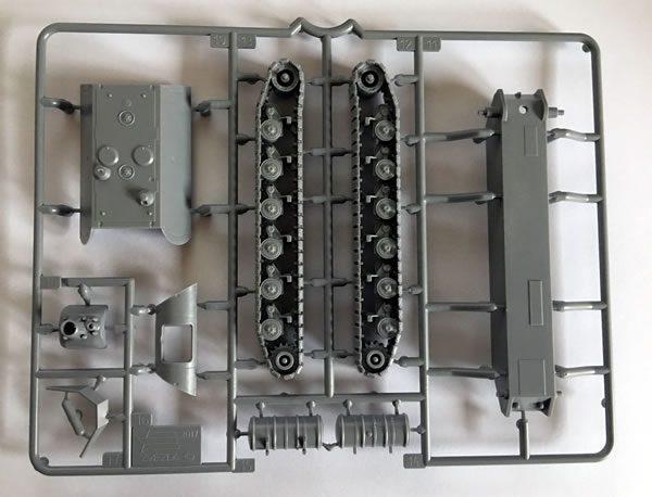 Zvezda Panzer VIII Maus sprue