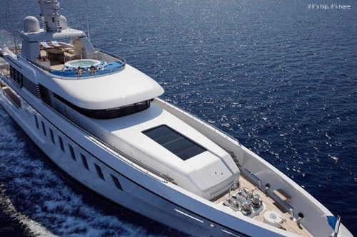 Read more about the article 147 Foot Luxury Yacht With An Incredible Interior. The Helix Yacht from Feadship.