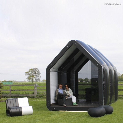 Read more about the article Inflatable Pods Pop Up For Commercial and Residential Use: AirClad