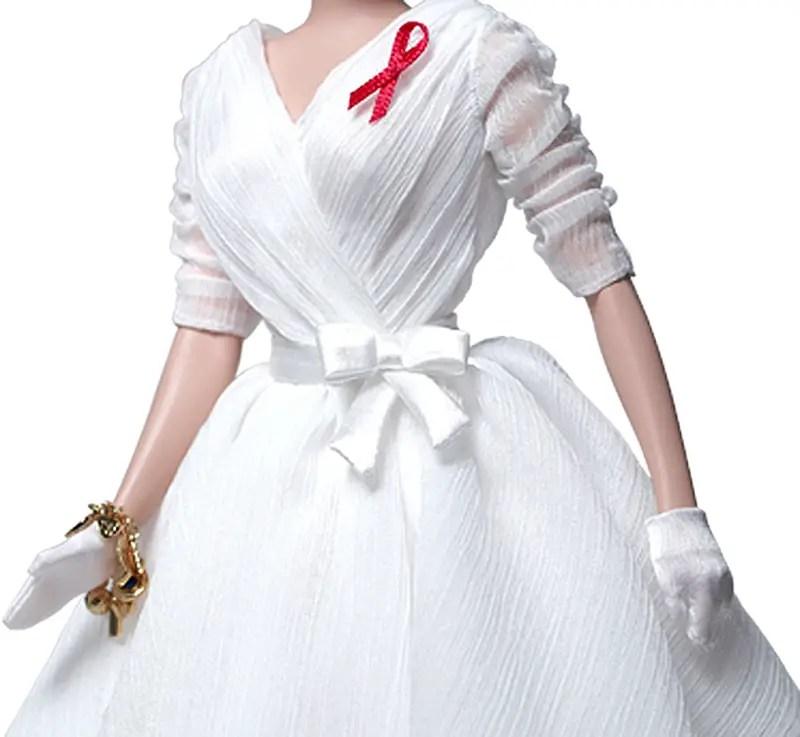 white dress cu iihih