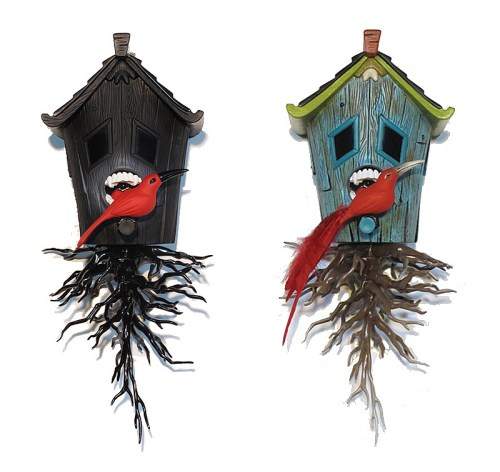 Read more about the article Domestic Hunger: A Vinyl Carnivorous Bird House by Blaine Fontana and A Special Custom Version.