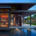 Lake Washington Shores Pavilion House Blends Cement, Steel and Woods To Create A Showcase For Art.