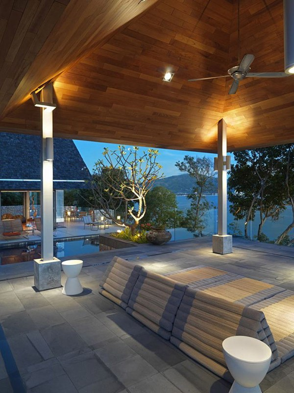 Private Villa Mix Of Modern And Traditional Thai
