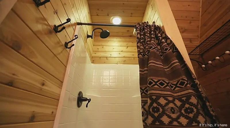 treehouse full bath