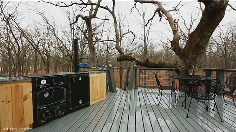 The World S Coolest Man Cave And It S A Treehouse If It S Hip It S Here