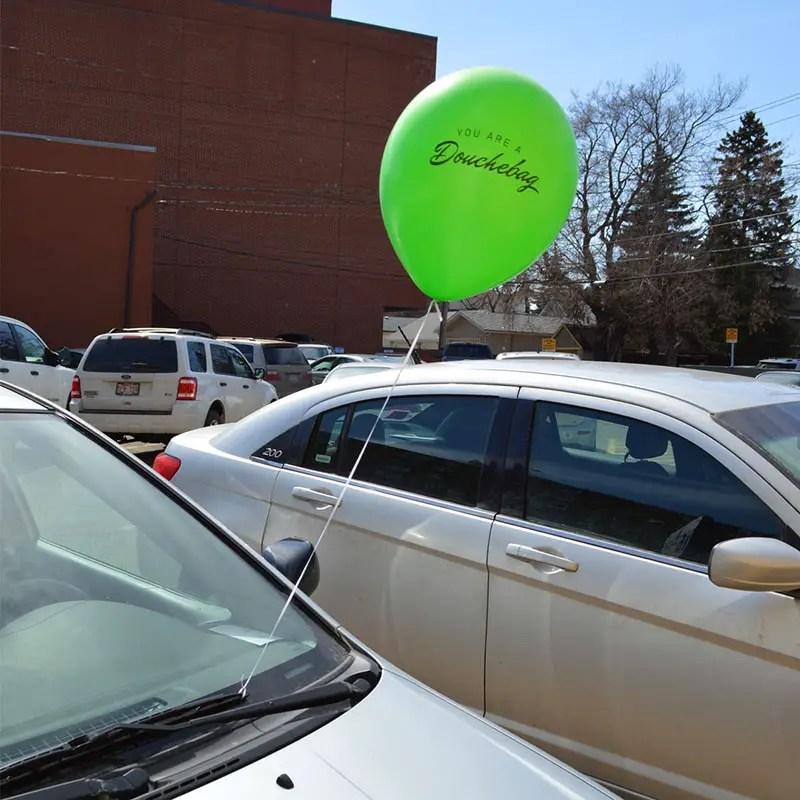 balloon on car