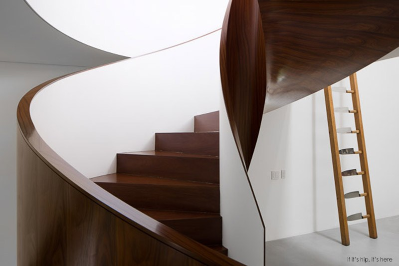 staircase2 IIHIH