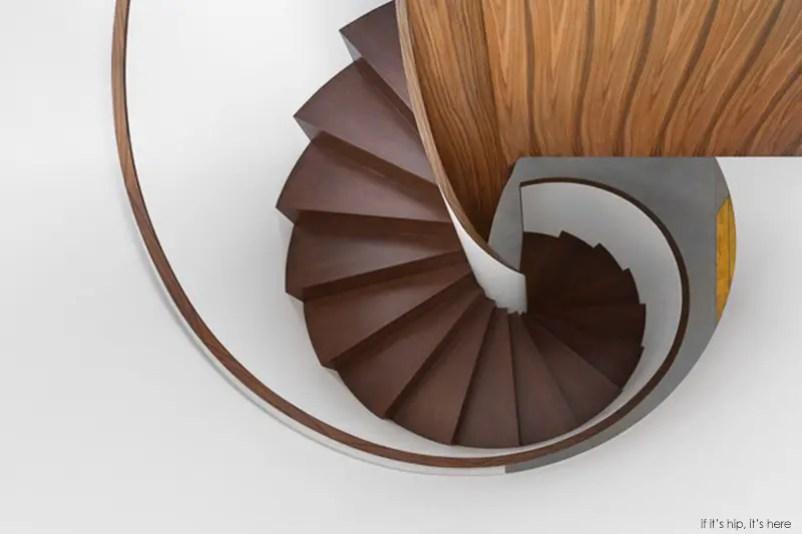 staircase3 IIHIH