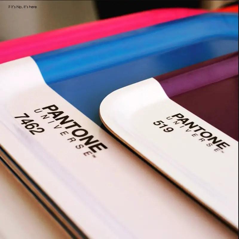 pantone universe trays