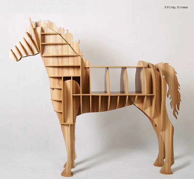 Horse shelving4 IIHIH
