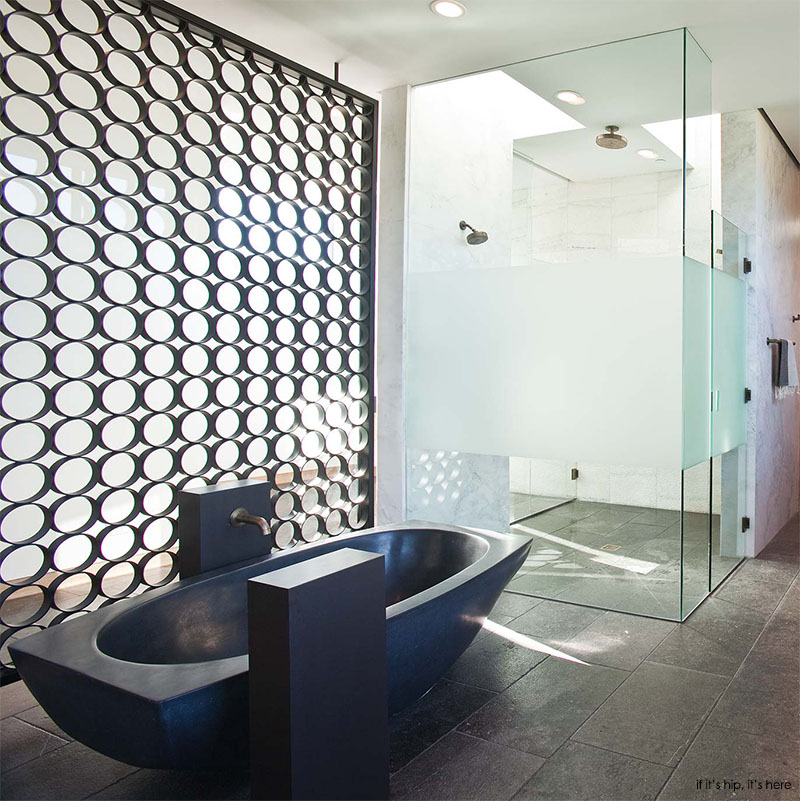 bathroom at stoneridge residence IIHIH