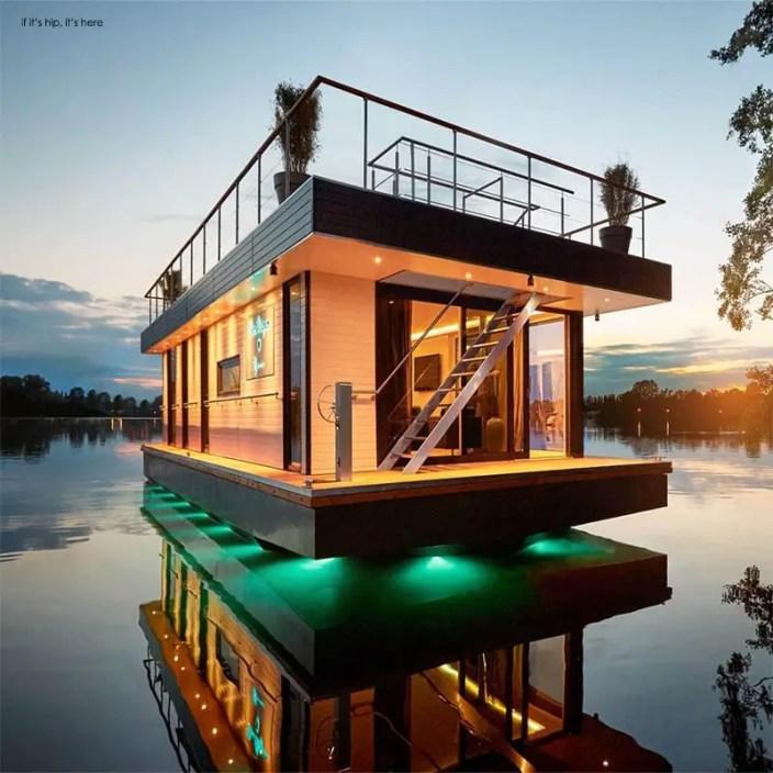 eco-friendly Houseboats