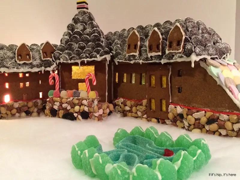 Overlook hotel in gingerbread2