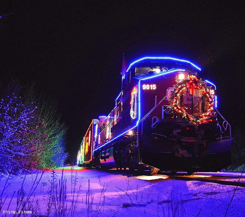 holiday-train-joelle-clairoux IIHIH