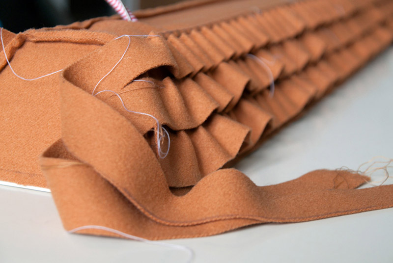 luis-nascimiento-roof-tiles lamp felt covering