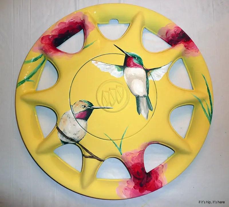 hummingbird hubcap