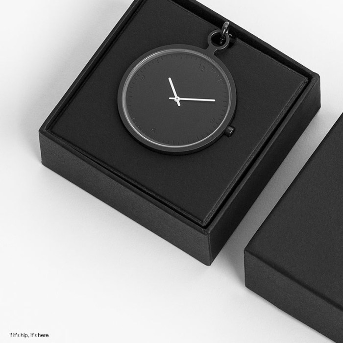 Axcent-Pocket-Watch-dark-grey-by-People-People in box