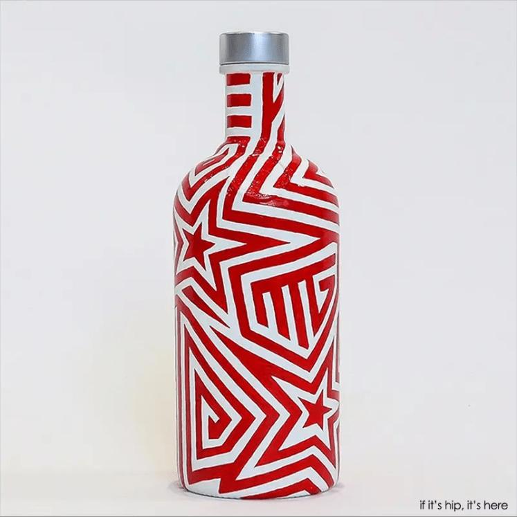 gareth pugh absolut bottle
