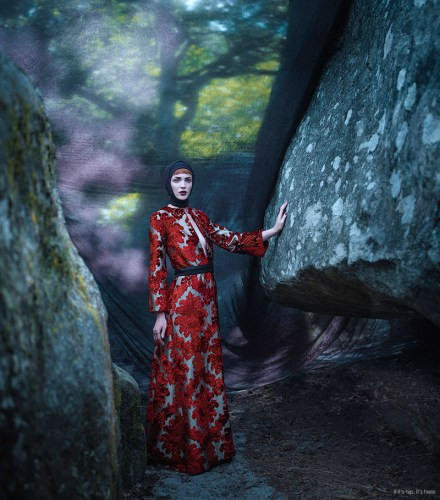 Read more about the article Eugenio Recuenco's Stunning Game of Thrones Inspired Fashion Photos