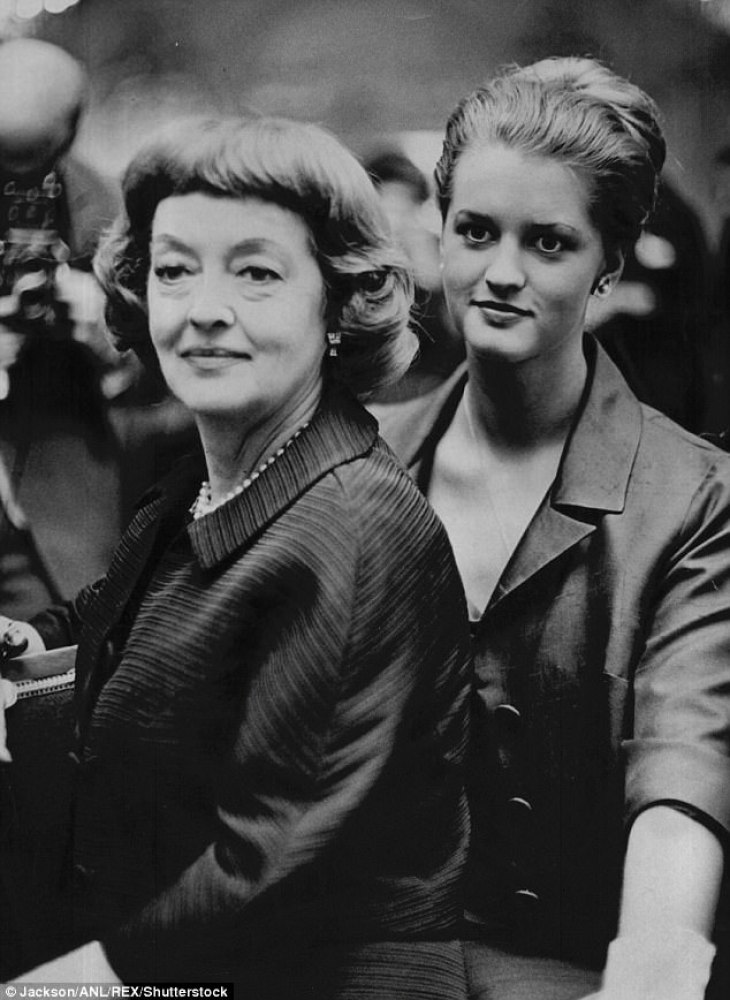 Photos Of Notoriously Bad Moms Bette And Joan With Their