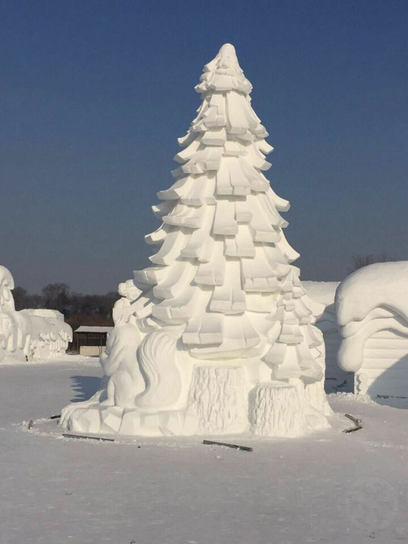 Simply Spectacular Snow Sculptures – 25 of them! – if it\'s hip, it\'s ...