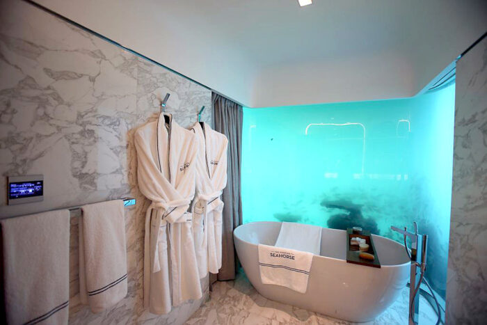 underwater bathroom